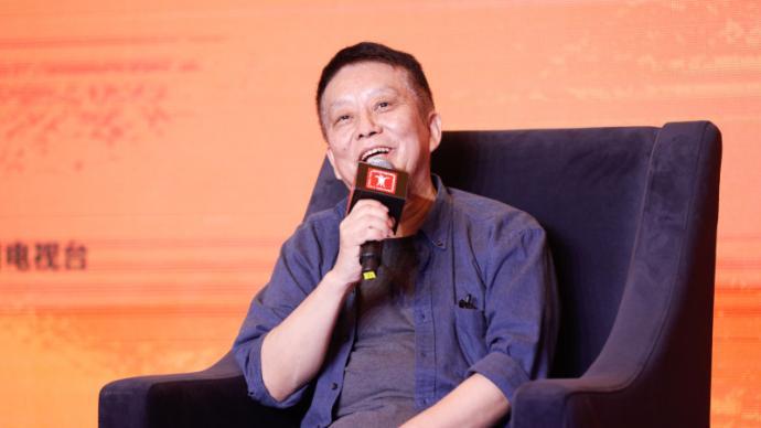 黄建新和他的金爵主席论坛:回到历史现场,拍出时代新意