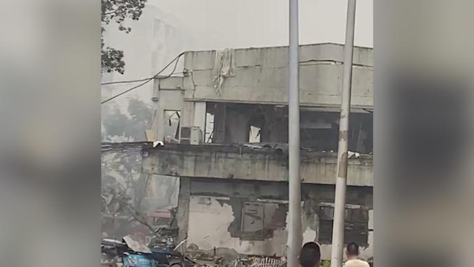 十堰燃气爆炸事故死亡11人重伤37人,现场搜救出144人