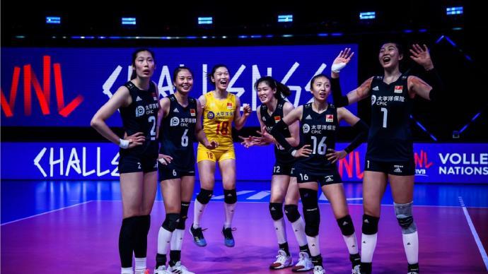 中国女排3-0俄罗斯!喜迎五连胜,距离日本只剩3分差距