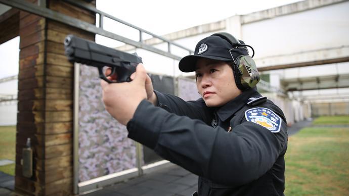初心之路|武汉女特警队长陈蔚:战功赫赫的神枪手