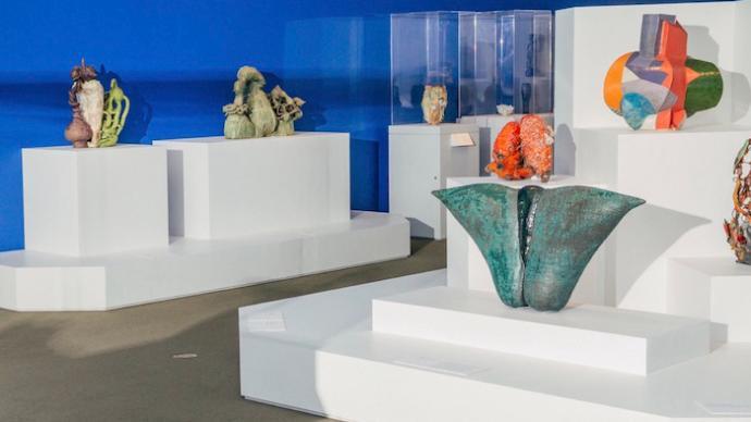 纽约大都会陶瓷捐赠展,看近半个世纪陶艺的抽象演变