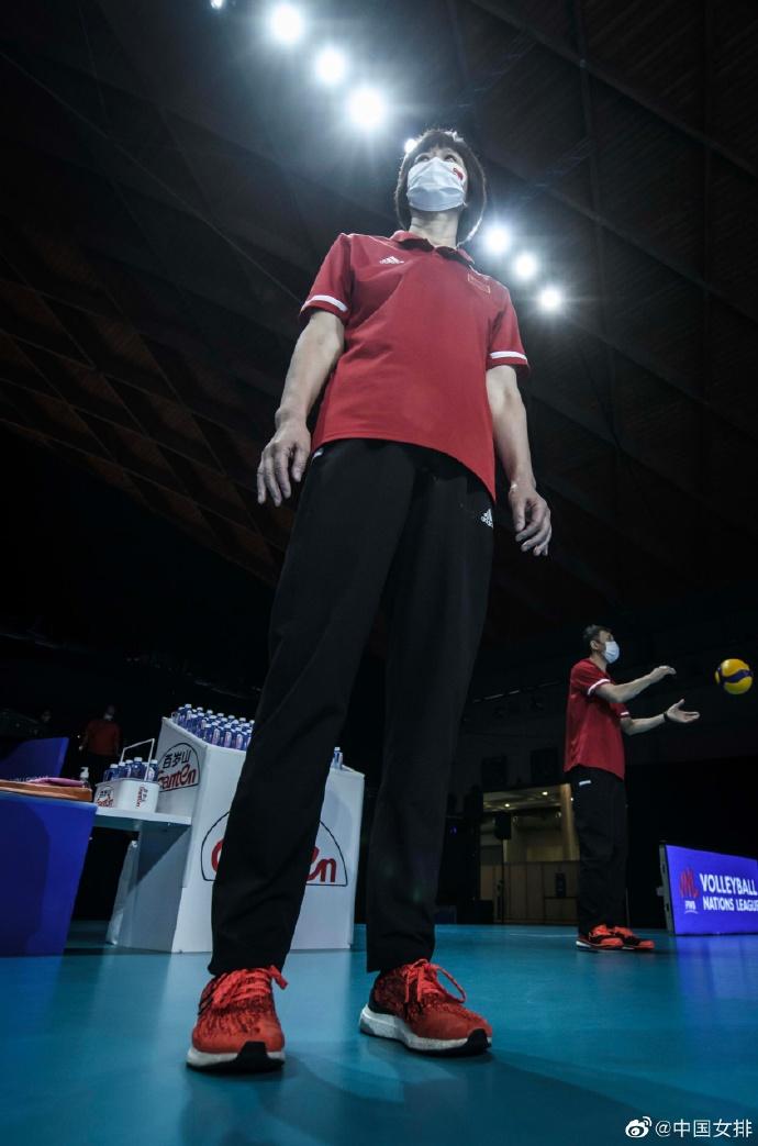 郎平教练。