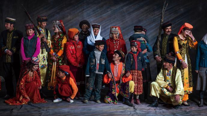 摄影师|陈海汶:中华五十六民族——他们即我们