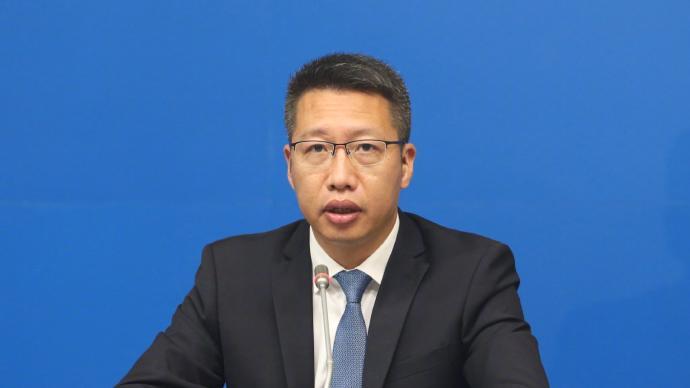 广州中考各考点按考场数10:1设置备用隔离考场