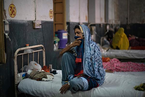 当地时间2021年6月2日,印度拉贾斯坦邦,当地医院设立专用病房接收毛霉菌病患者。人民视觉 资料图