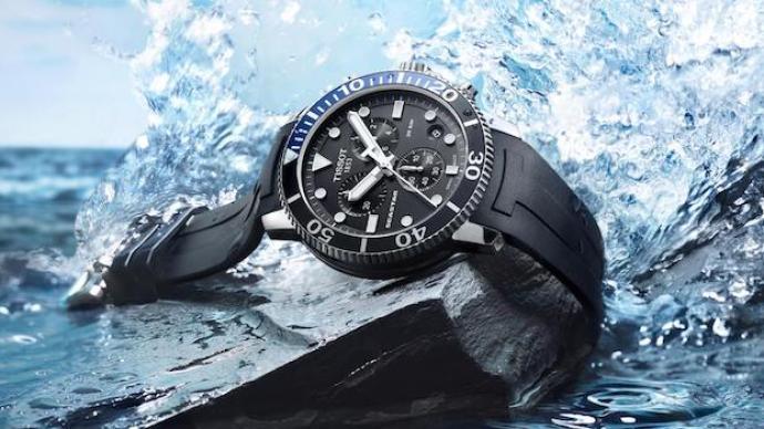 夏日當然要玩水,戴上你的潛水表盡享清涼時光