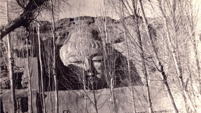 """莫高窟攝影師的""""西游記"""":尋找散落在外國的敦煌影像"""
