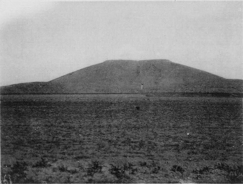 图3、汉成帝陵墓,谢阁兰考察团1914年拍摄