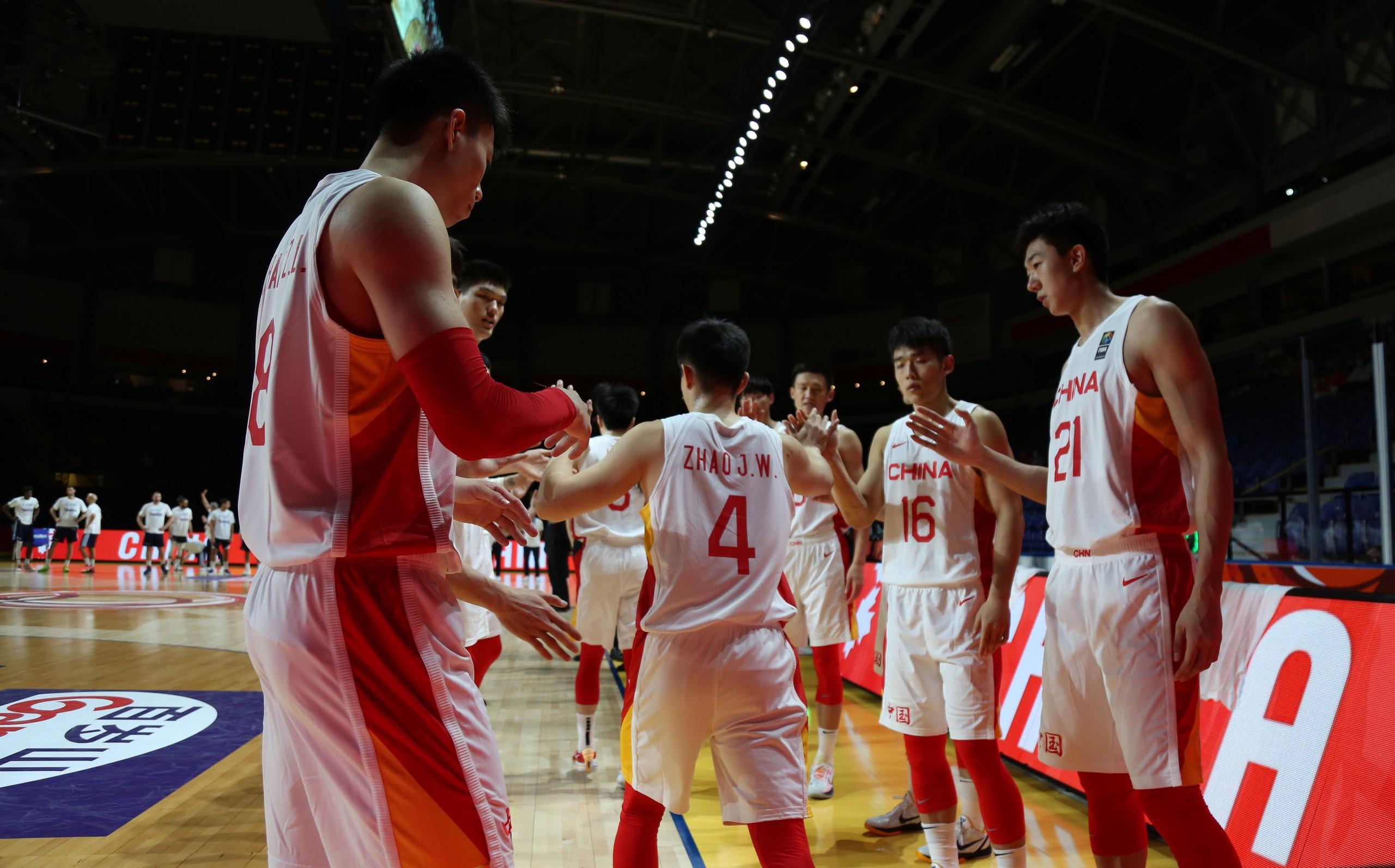 對于年輕的中國男籃,歷練第一位的。