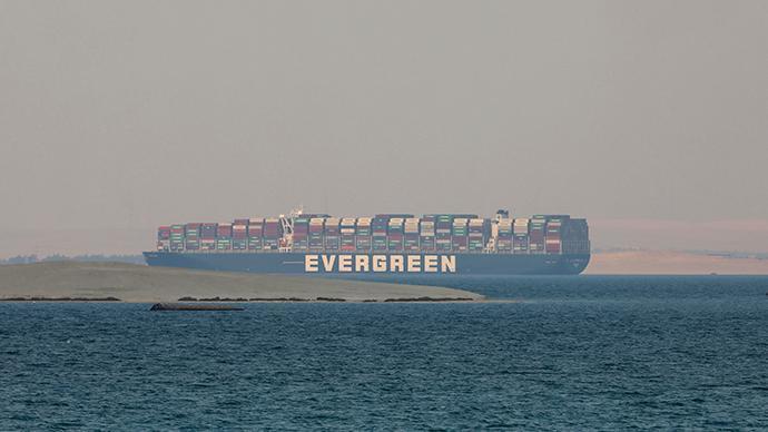 """苏伊士运河管理局与""""长赐号""""船东将于下周达成最终和解协议"""