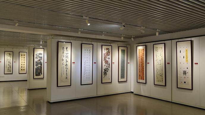 用艺术作品回顾党的历史,吴昌硕艺术研究协会书画邀请展开幕