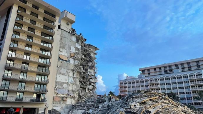 美国迈阿密倒塌公寓大楼的剩余部分将连夜拆除