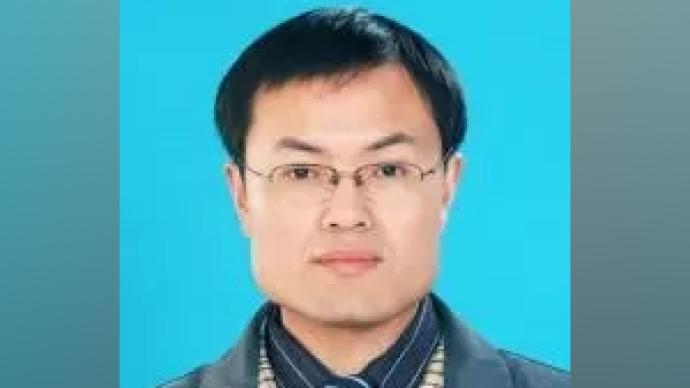 """2004年""""感動中國年度人物""""徐本禹履新宜昌市社科聯主席"""