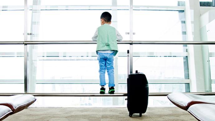暑運首周,上海機場已保障218名無人陪伴兒童順利出發