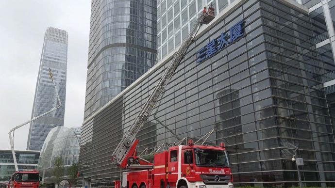 北京在職消防員同等條件下優享住房保障,配偶和子女優先落戶