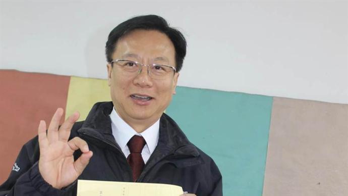 台湾彰化县前县长卓伯源宣布参选国民党主席