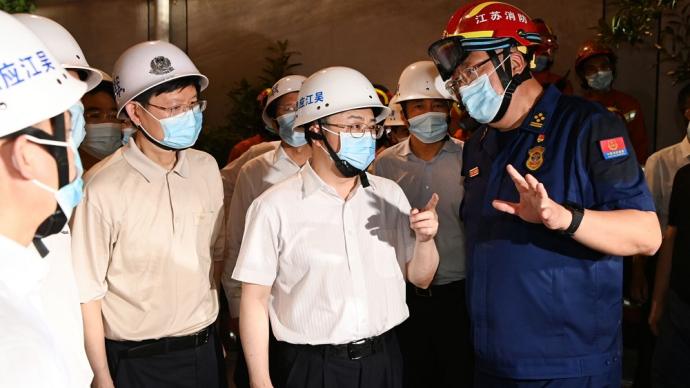 江苏:争分夺秒搜救坍塌事故被困人员,全面排查整治城乡房屋