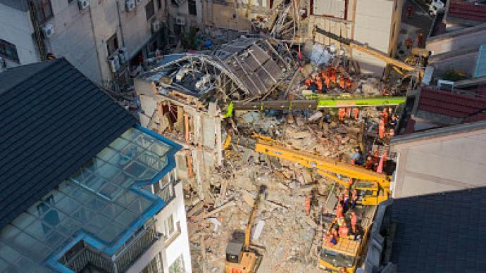 媒体:落实主体责任、强化监督职责等,避免酒店垮塌悲剧重演