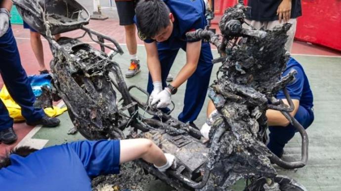 杭州电瓶车自燃事故:起火与锂电池有关,可确定有物质外漏