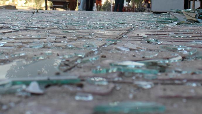 阿富汗总统府附近遭多枚火箭弹袭击,当时正举行宰牲节活动