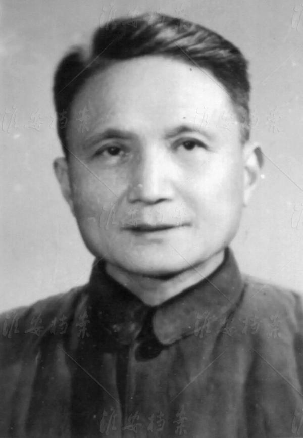 人民银行上海分行经理陈穆