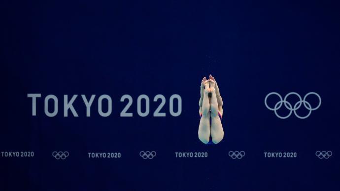 """奥运图标""""超级变变变""""出彩,网球明星大坂直美点燃主火炬"""