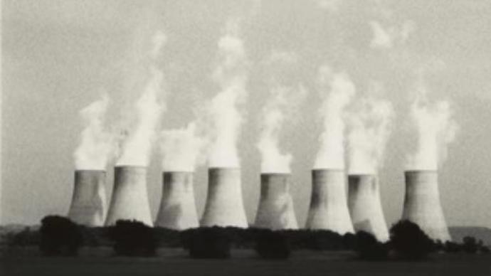 """""""崇高""""和""""废墟"""",英国摄影师镜头下的冷却塔"""