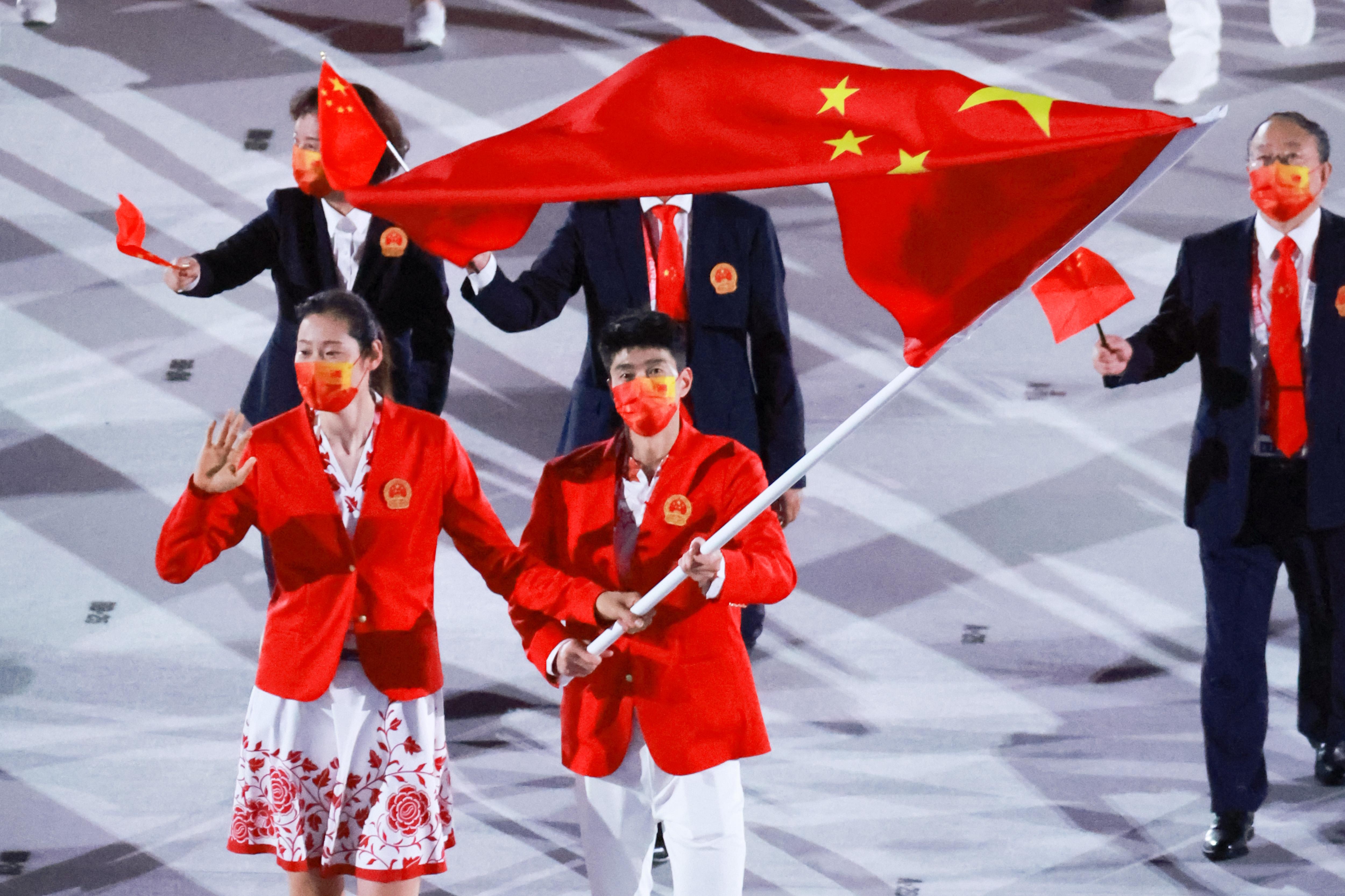 赵帅成为中国奥运代表团旗手。