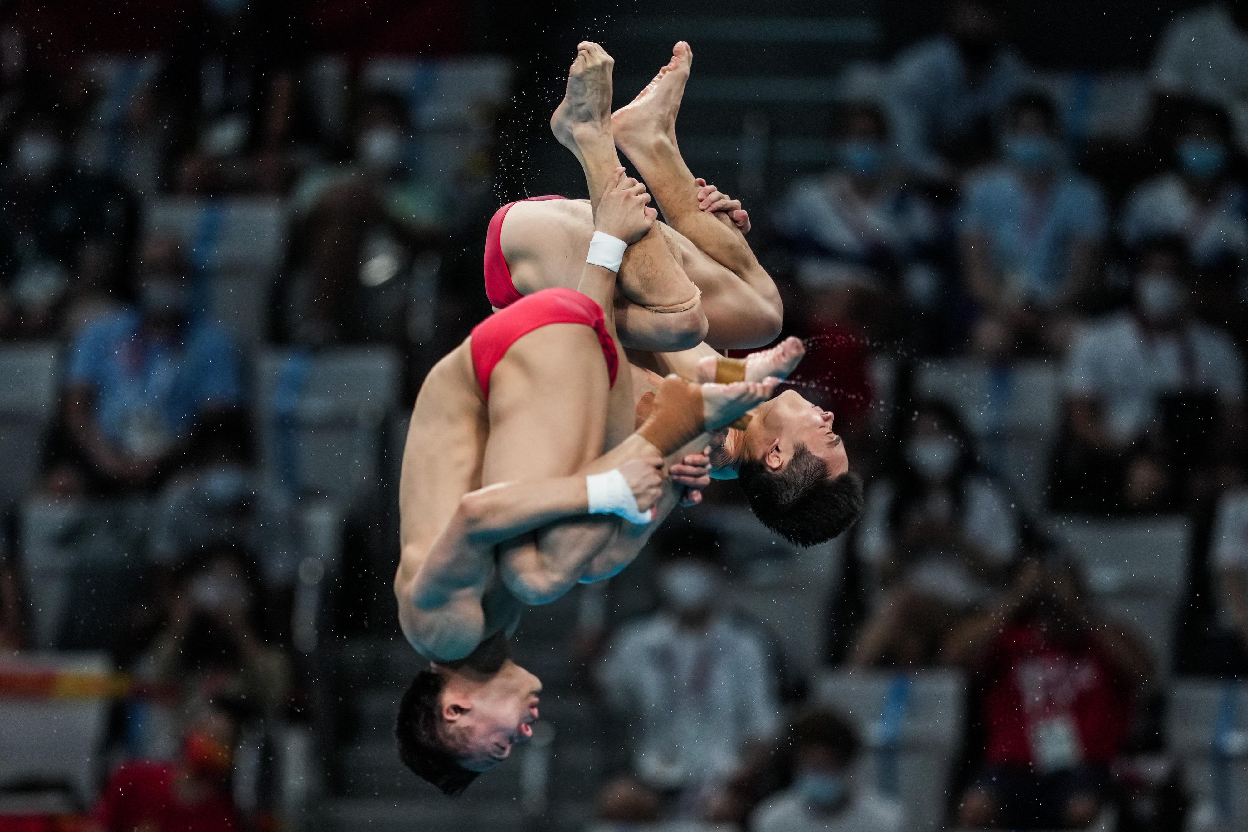 中国跳水组合第四跳出现失误,该动作只排在那一轮第六位。
