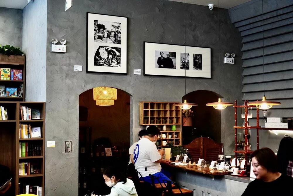 书店的咖啡区