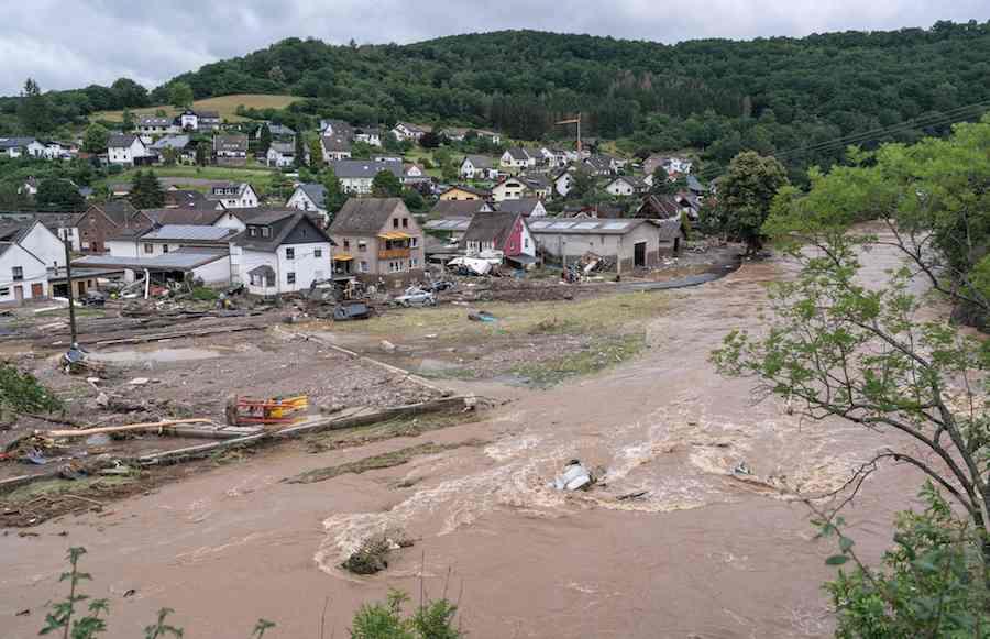 2021年7月15日,德国西部莱茵兰-普法尔茨州发生洪涝灾害已导致多人死亡,多数房屋被毁。