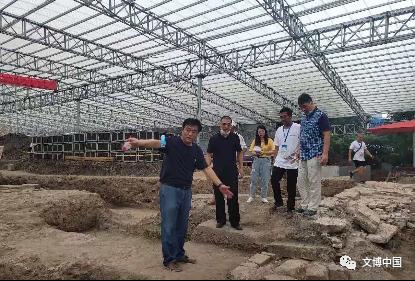 武汉市文化局领导检查武胜门考古工地