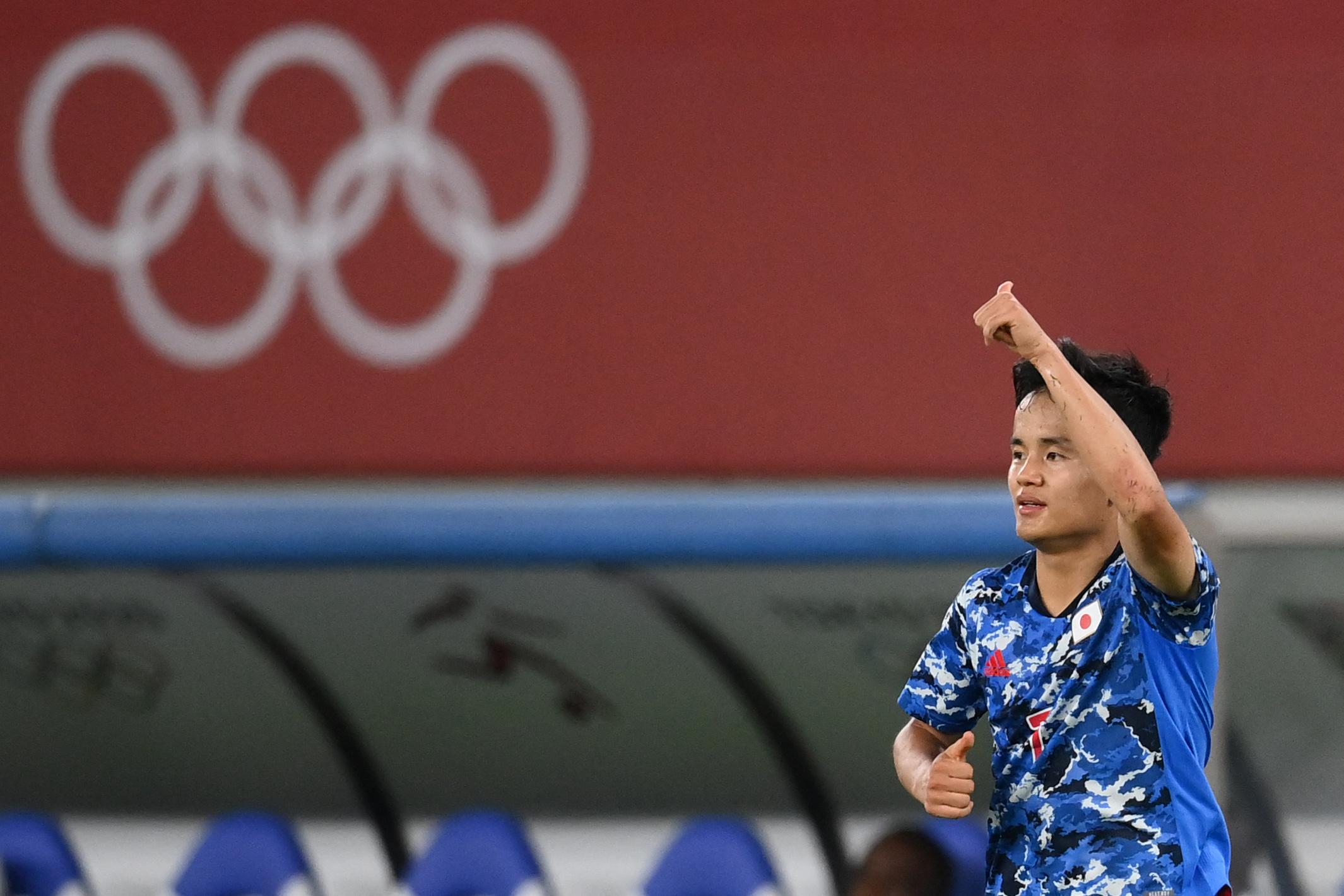 日本队1-0击败南非。