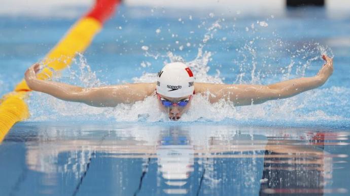 """職業游泳運動員轉型基層教練:惋惜""""好苗子""""因不愿吃苦而放棄"""
