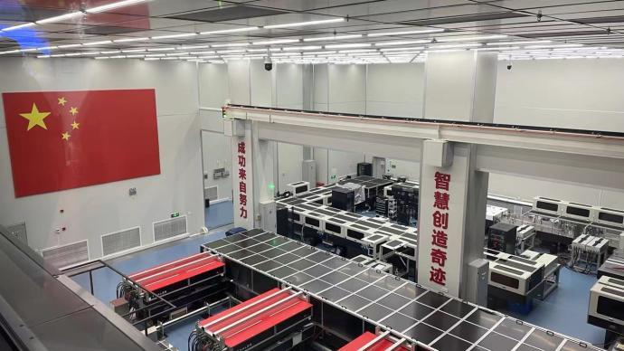 """光子科研""""国之重器""""上海超强超短激光实验装置已初步开放"""
