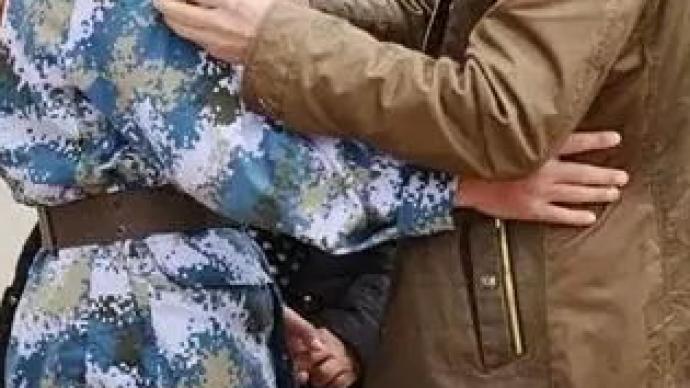 国防部:军人父母赡养补助和配偶荣誉金8月起发放