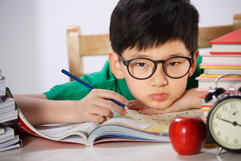 暑假作业敷衍、拖拉的毛病,今年确定改得了吗?