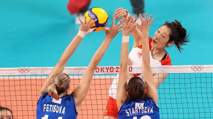 中国女排惨遭三连败!2-3不敌俄罗斯女排,出线命悬一线