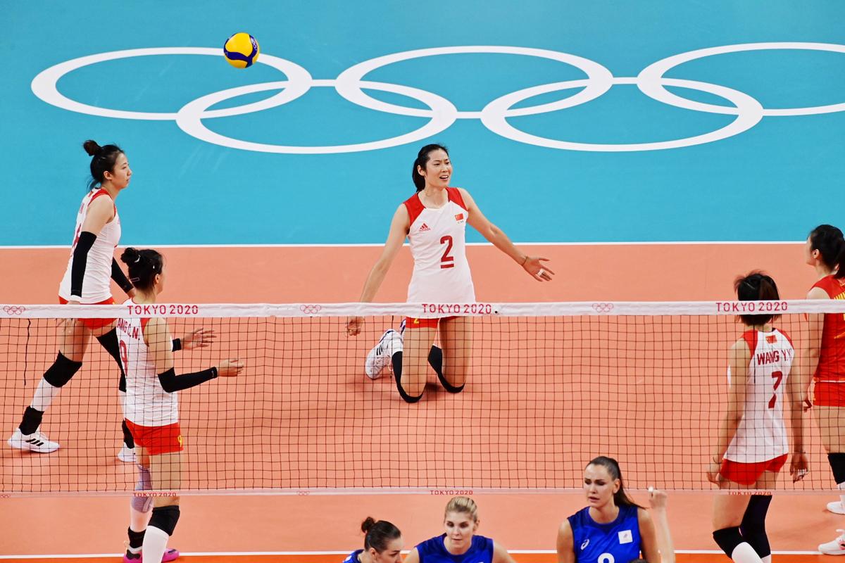 本场和中国队的比赛,俄罗斯女排有意攻击朱婷所在位置。