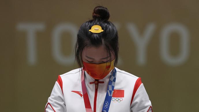 奥运冠军杨倩的发卡火了,这么多小黄鸭你认识几个