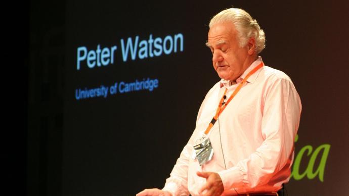 """彼得·沃森的""""虚无时代"""":在尘世生活中为世界命名"""