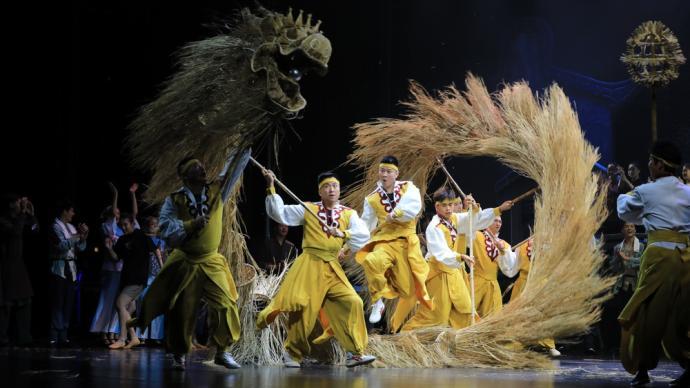 聚焦浦东三林百年变迁,歌舞剧《爱在三林塘》上海首演