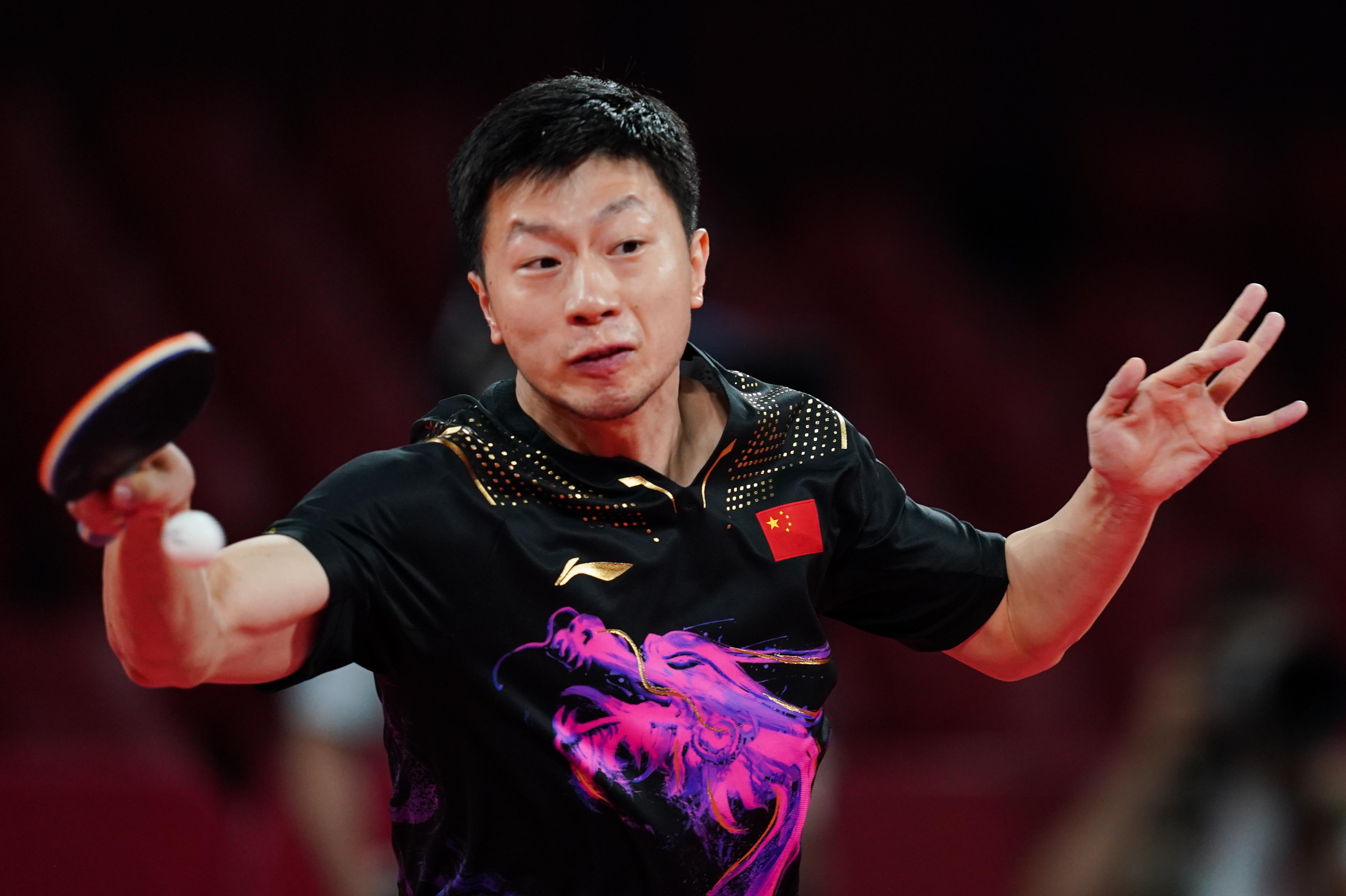 这就是巅峰对决!马龙击败樊振东,男乒卫冕奥运金牌第一人(图5)