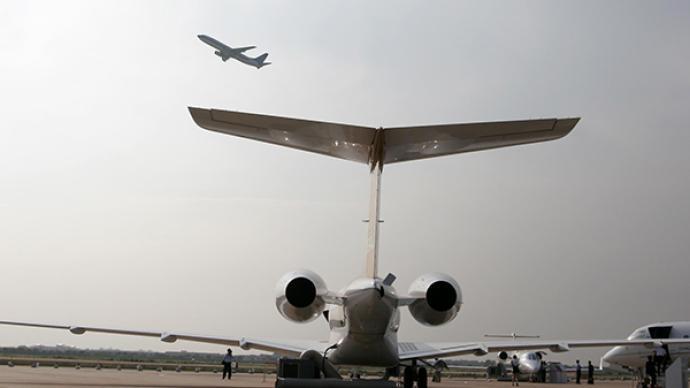 入境旅客有多人确诊,三航班被民航局发出熔断指令