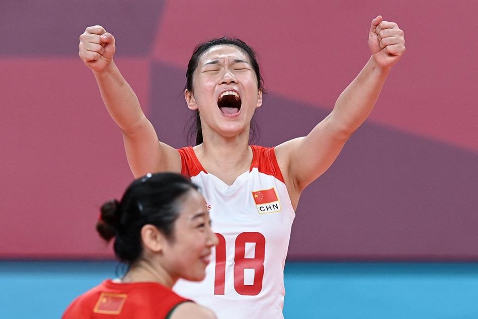 当地时间2021年7月31日,日本,2020东京奥运会女排小组赛B组比赛现场,中国女排对战意大利。得分后,王梦洁振臂呐喊。