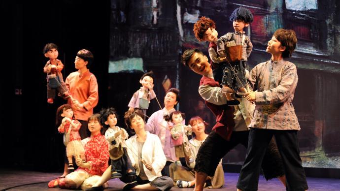 首次探索木偶音乐剧,《报童之声》很海派