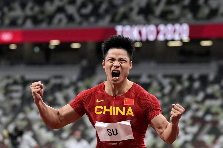 半决赛后,苏炳添怒吼。