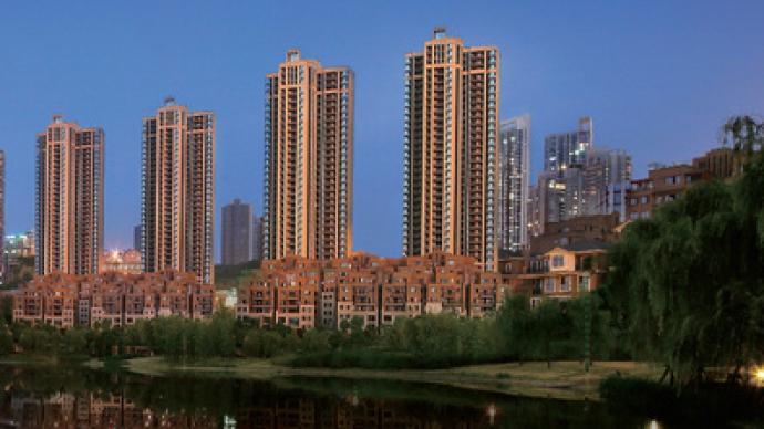 """金辉控股预计上半年净利润同比增八成,""""三道红线""""维持绿档"""