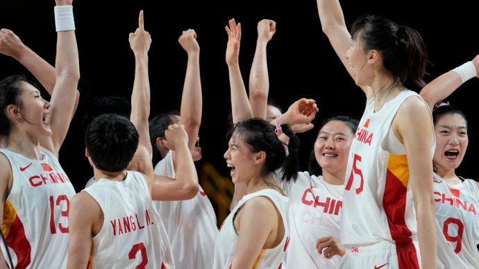 决战东京·战况|进八强!中国女篮剑指奖牌,请给她们掌声