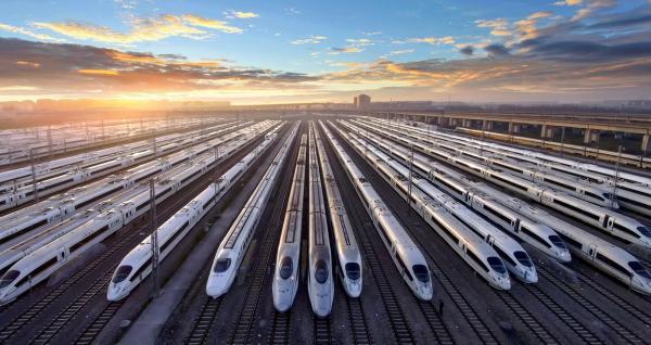 上海虹桥动车运用所存车线 潘晓帆摄